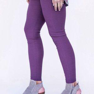 Angnes & Dora Pixie Ankle Pants Purple Size Small